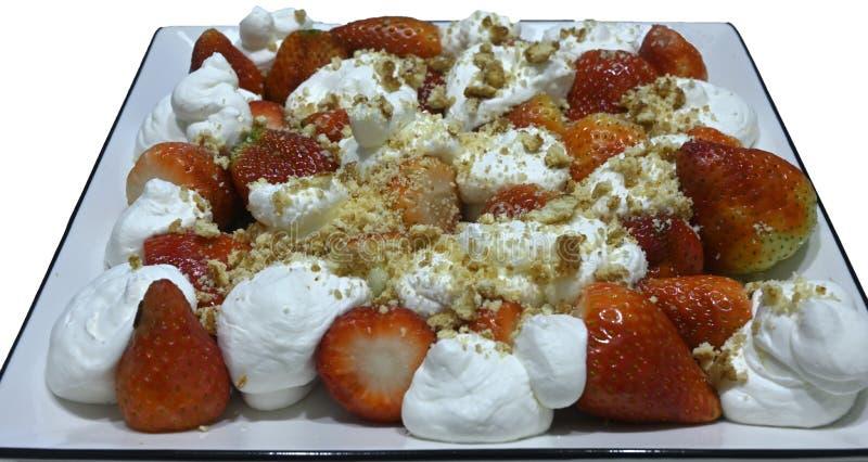 Torta de fresa con crema batida foto de archivo