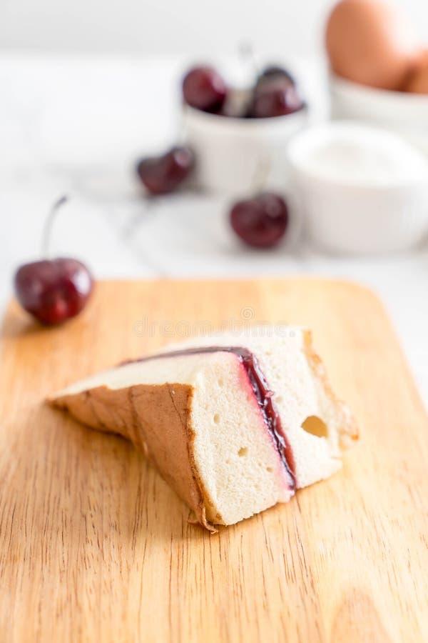 torta de gasa de la cereza fotos de archivo