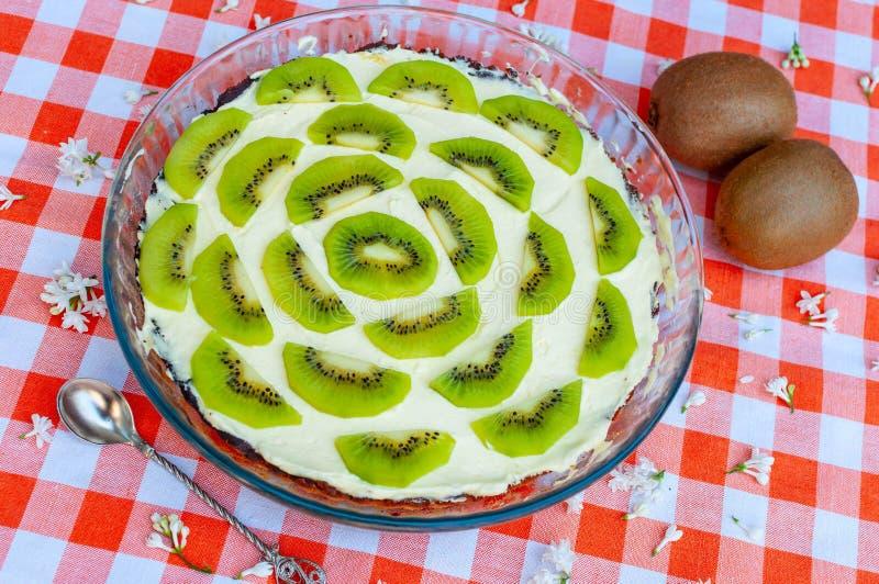 Torta de la fruta de kiwi fotografía de archivo