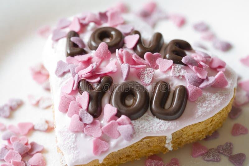 Torta de la tarjeta del día de San Valentín imagen de archivo