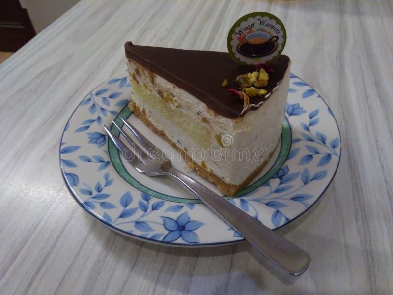 Torta de la vainilla con el chocolate fotos de archivo libres de regalías