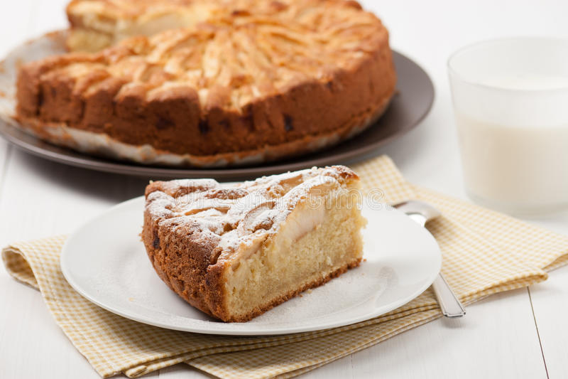 Torta de maçã cozida HOME fotografia de stock