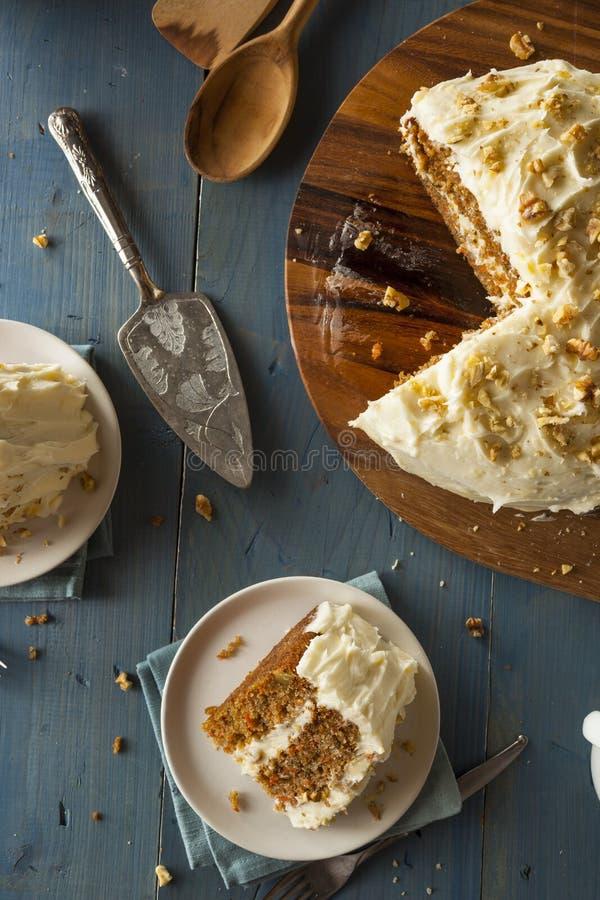 Torta de zanahoria hecha en casa sana imagenes de archivo