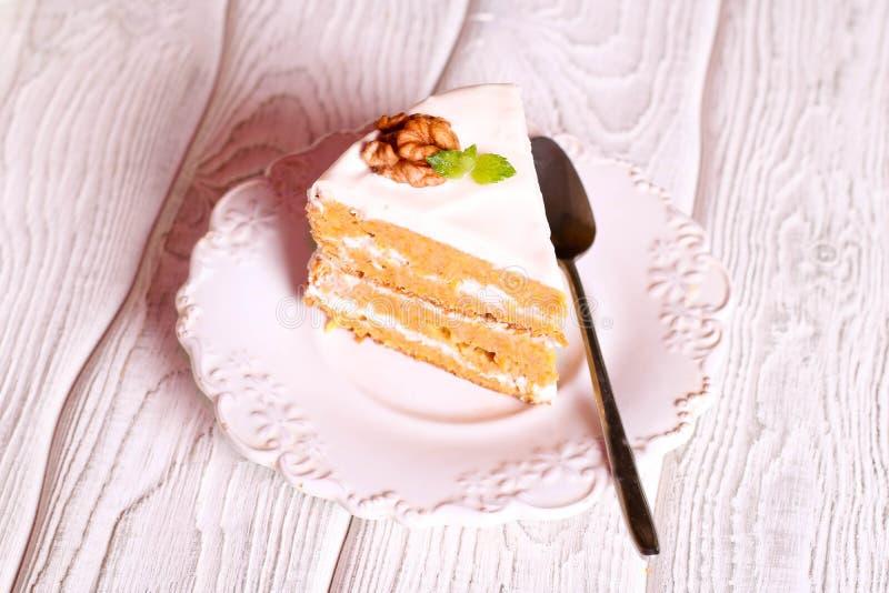 Torta de zanahoria hecha en casa sana foto de archivo libre de regalías