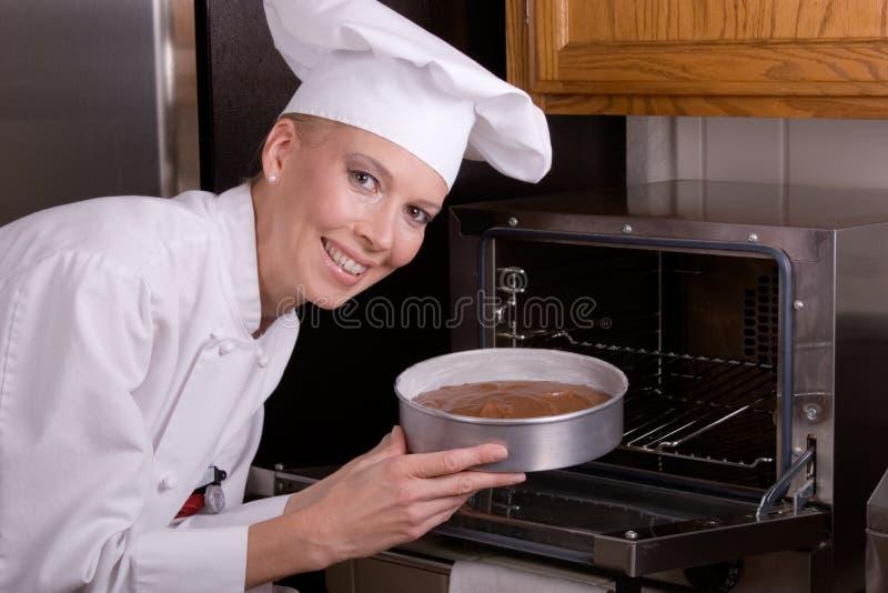 Torta dei posti del cuoco unico in forno immagini stock