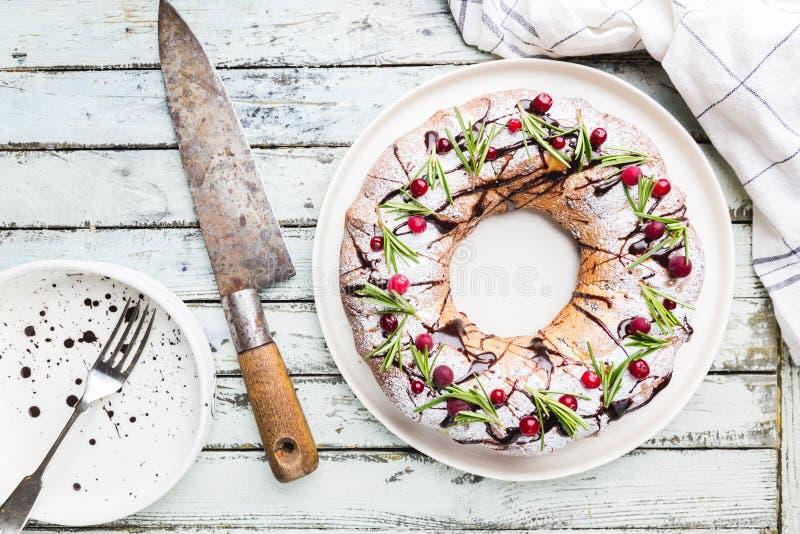 Torta del bundt de los ar?ndanos fotos de archivo libres de regalías
