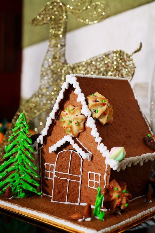 Torta del jengibre para la fiesta de Navidad en Vietnam foto de archivo libre de regalías
