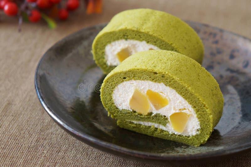 Torta del rollo del té verde de Matcha foto de archivo