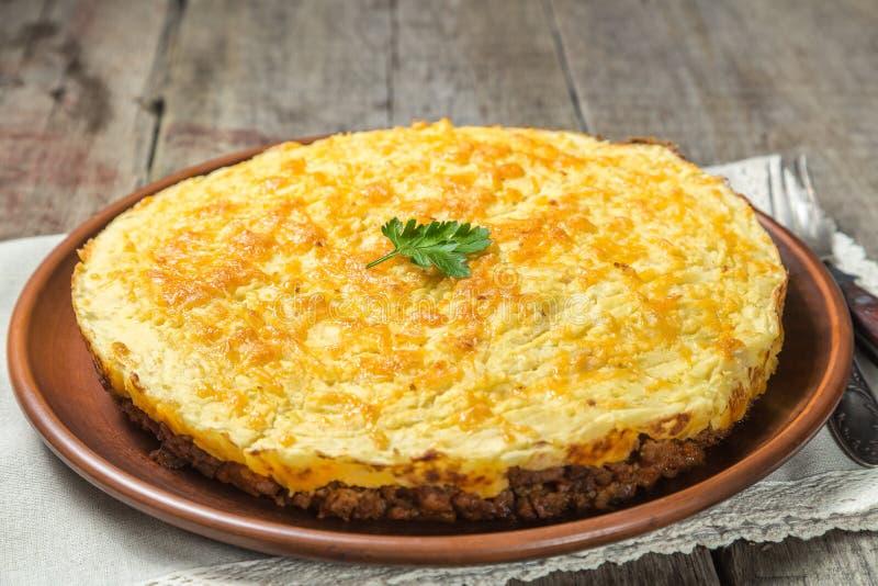 Torta del ` s del pastore di inglese Il piatto nazionale di cucina britannica immagini stock