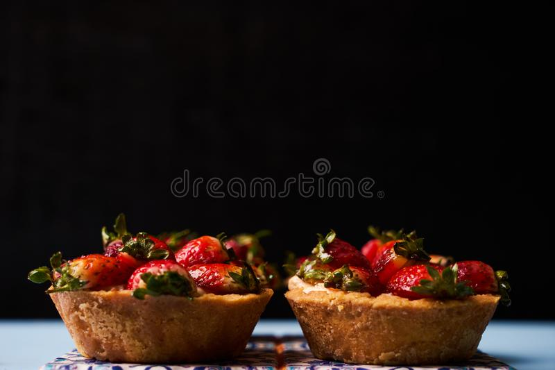 Torta del Tartlet o galleta de la torta de la cesta foto de archivo libre de regalías