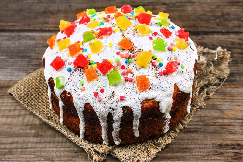 Torta deliciosa de pascua fotos de archivo