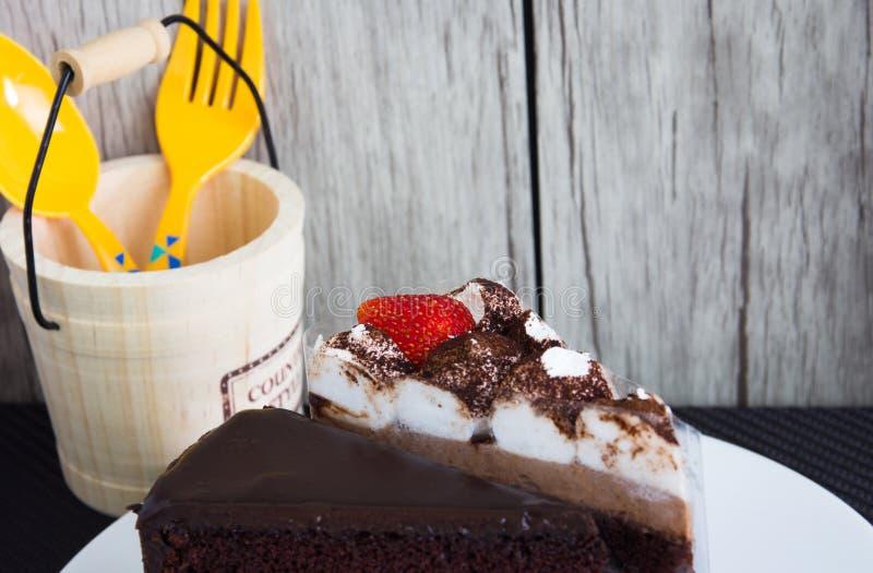 Torta di cioccolato casalinga fotografia stock libera da diritti