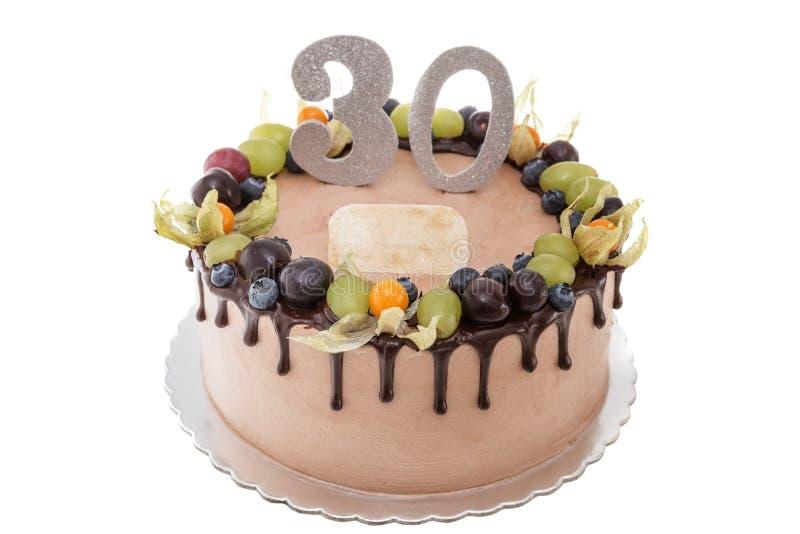Torta Di Compleanno Del Cioccolato Per Un Uomo Con Le Bacche