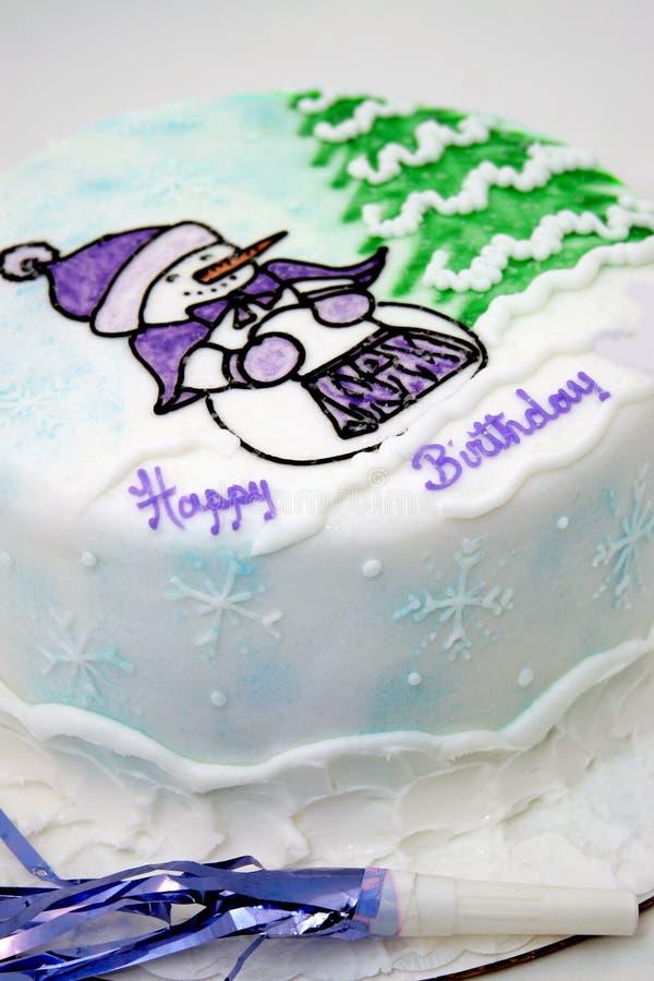 Torta di compleanno di inverno fotografia stock libera da diritti