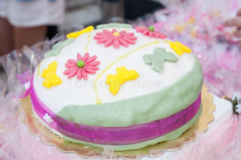 Torta di compleanno dolce immagine stock