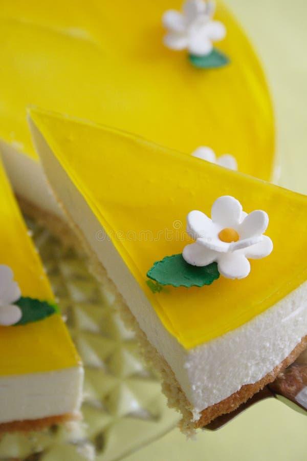 Torta di formaggio del limone fotografia stock libera da diritti