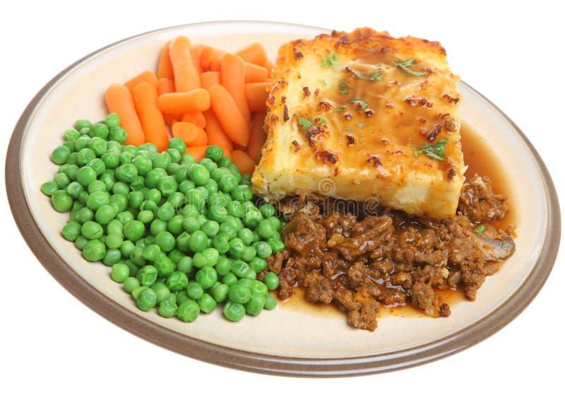 Torta dos pastores com vegetais imagem de stock royalty free