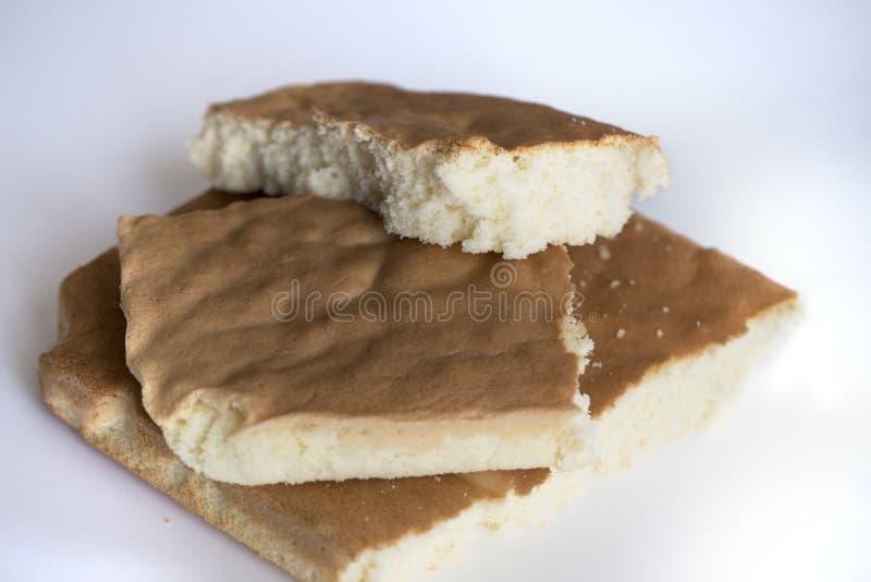 Torta suave de la esponja deliciosa Torta hecha en casa de la gasa o de esponja imagen de archivo libre de regalías