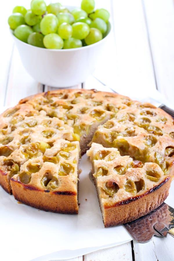 Torta verde de la fruta cítrica de la uva fotos de archivo libres de regalías