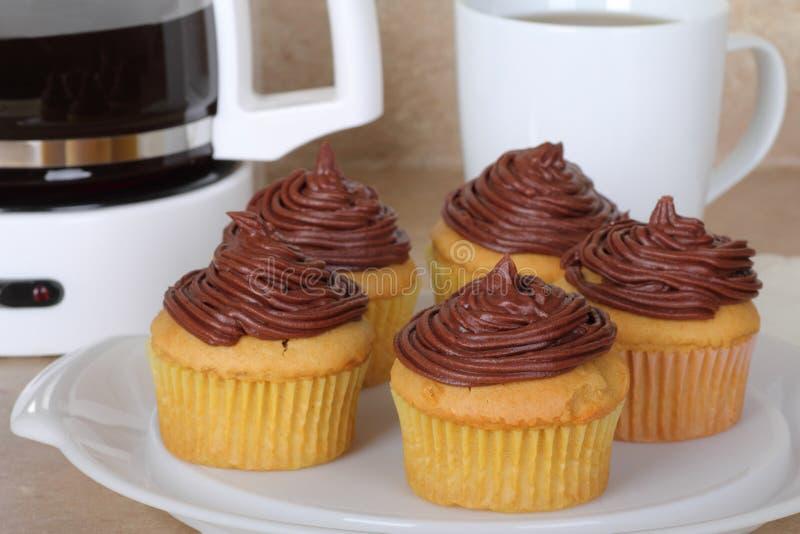 Tortas de la taza del chocolate imagen de archivo libre de regalías
