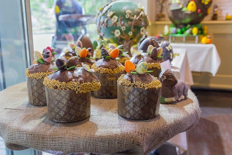 Tortas de Pascua del chocolate foto de archivo