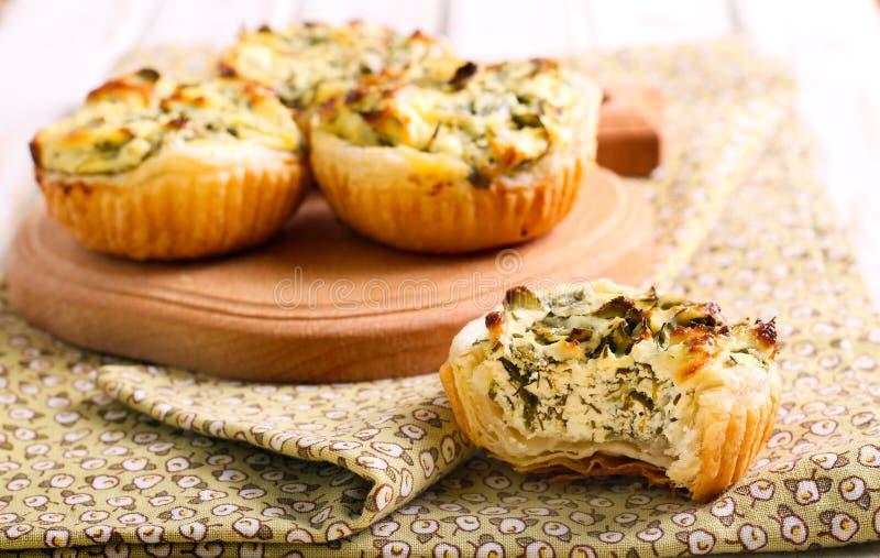 Torte degli spinaci e del formaggio fotografia stock
