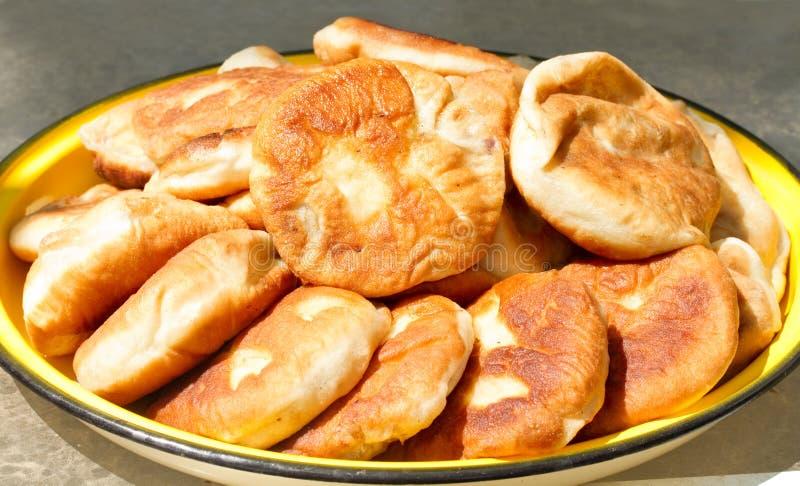 Torte di carne fritte Russo fotografie stock libere da diritti