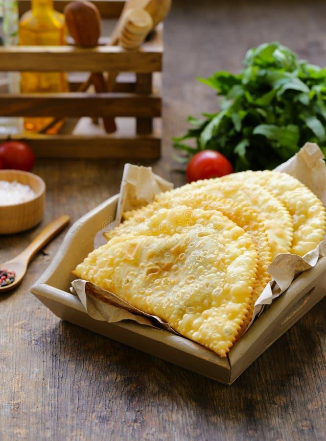 Torte fritte con carne fotografie stock