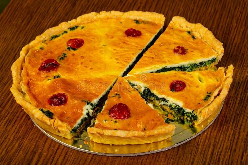 Torte mit Spinat lizenzfreies stockfoto