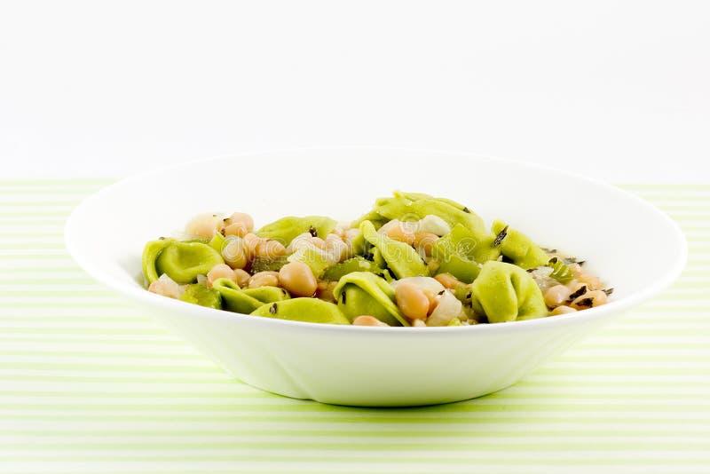 tortellini σούπας στοκ φωτογραφία με δικαίωμα ελεύθερης χρήσης