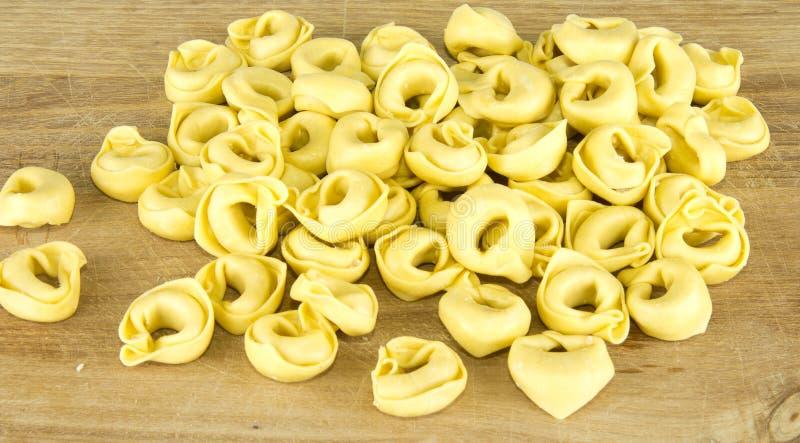 Download Tortellini stock afbeelding. Afbeelding bestaande uit gastronomisch - 29500907