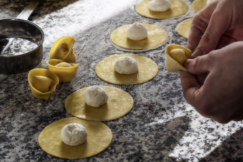 Tortellini de la comida con tartufo foto de archivo libre de regalías