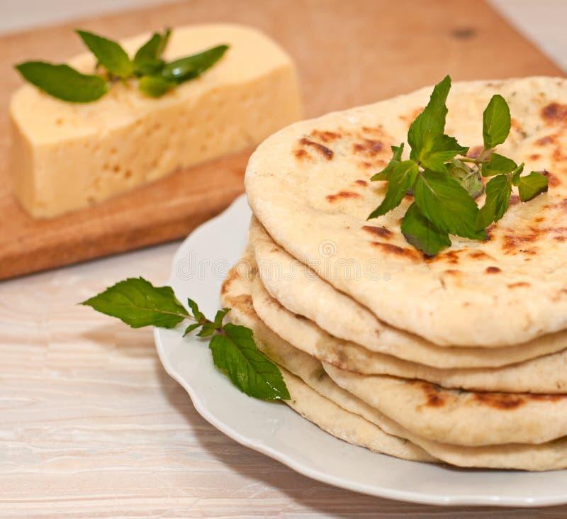 Tortiglia con formaggio fotografia stock libera da diritti