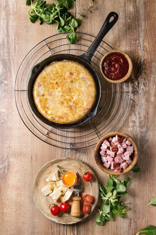 Tortiglia della patata con bacon fotografia stock