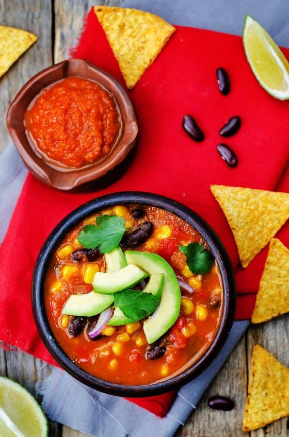 Tortilla φασολιών Chipotle κόκκινη σούπα στοκ φωτογραφία