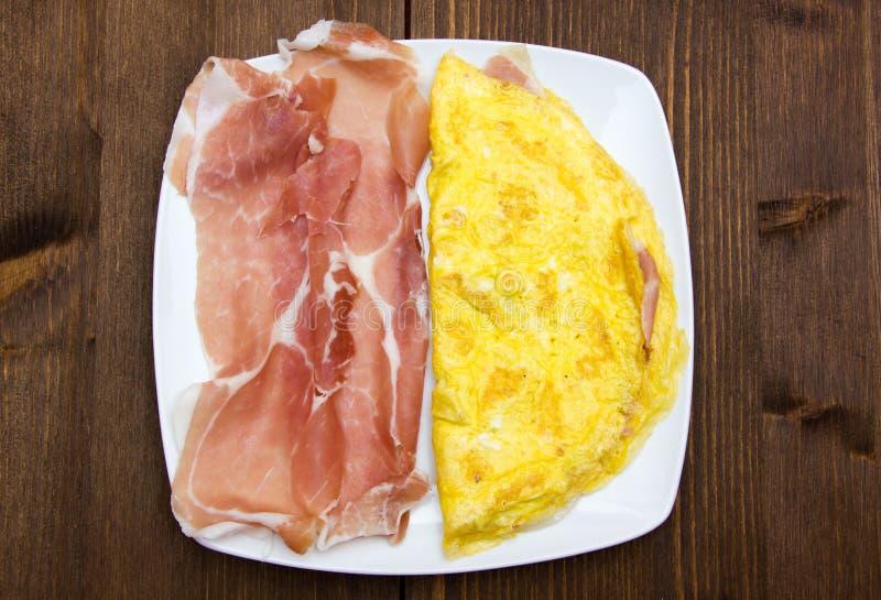 Download Tortilla con el jamón de foto de archivo. Imagen de adorne - 44858278