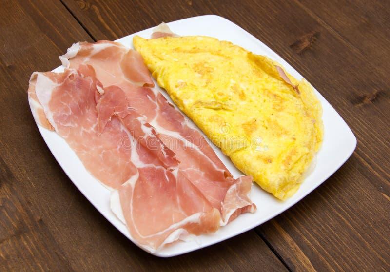 Download Tortilla De Huevos Con El Jamón Foto de archivo - Imagen de sano, macro: 44858352