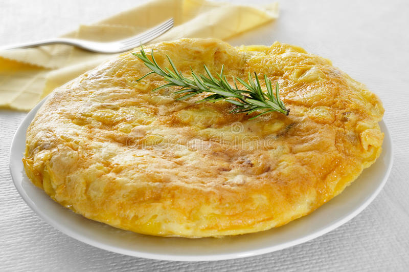 Tortilla de patatas, omelette espagnole images libres de droits