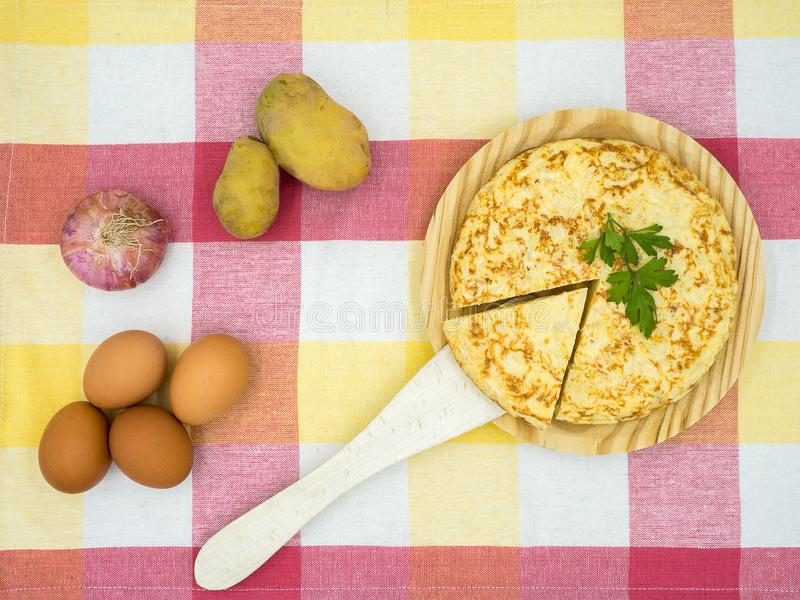 Tortilla de patatas foto de archivo libre de regalías