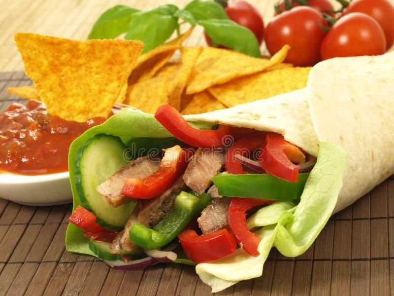 Tortilla en nachos stock afbeeldingen