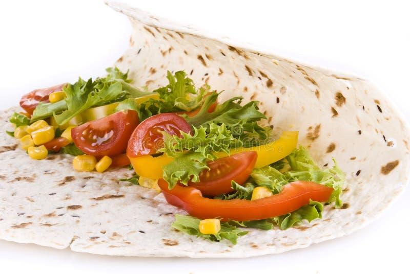 Download Tortillagrönsaker arkivfoto. Bild av avbrottet, tortilla - 19788378