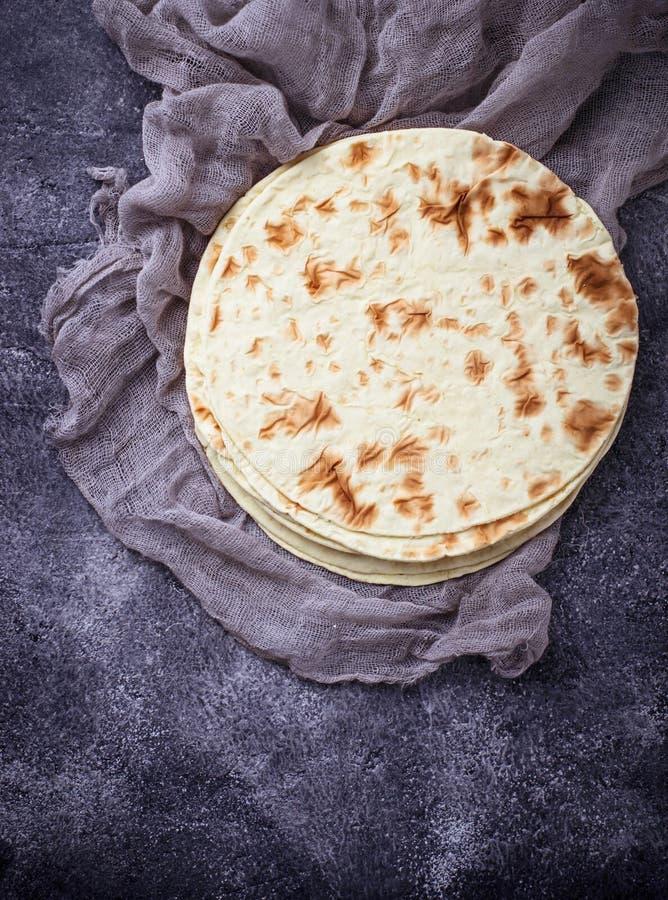 Tortillas de maïs mexicaines images libres de droits