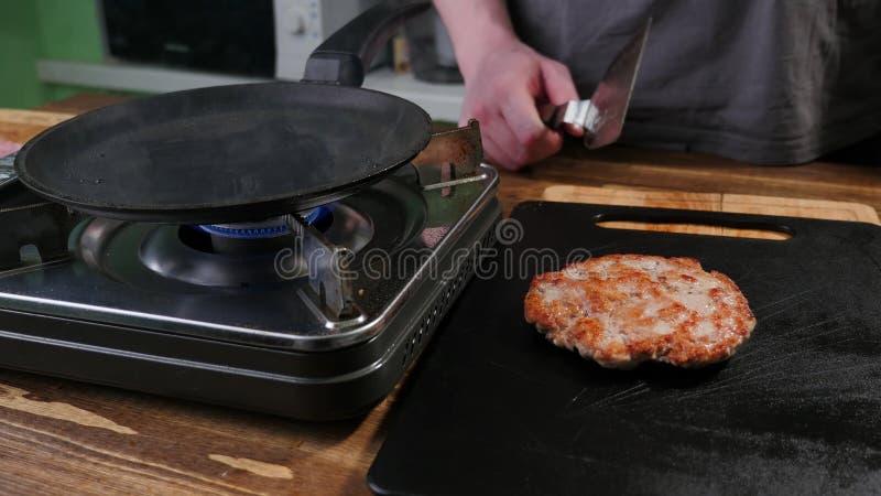 Tortini fritti vaschetta immagine stock libera da diritti