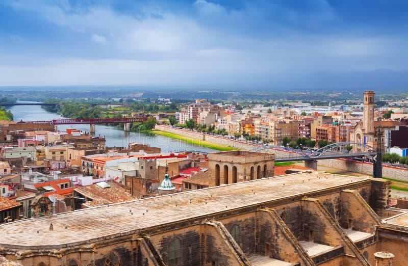 Tortosa με τον καθεδρικό ναό από το κάστρο Ισπανία στοκ εικόνες