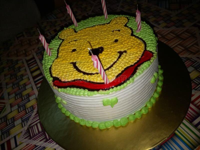 Tortowy urodzinowy biały i zielony minnie poh zdjęcie stock