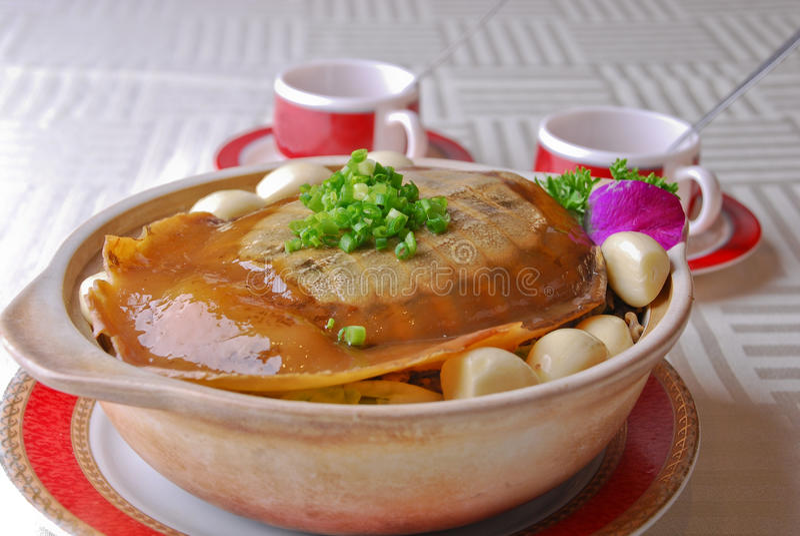 Tortue cuite par nourriture chinoise photo stock