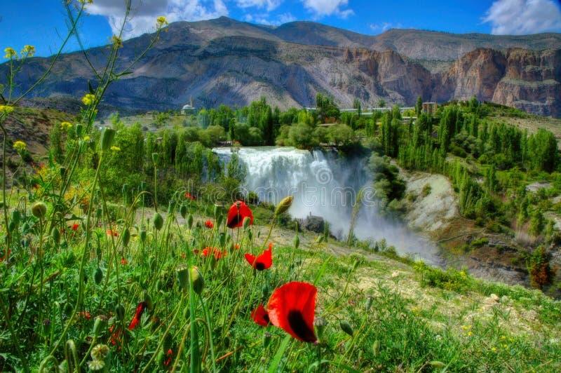 Tortum vattenfall, Erzurum, Turkiet royaltyfria bilder
