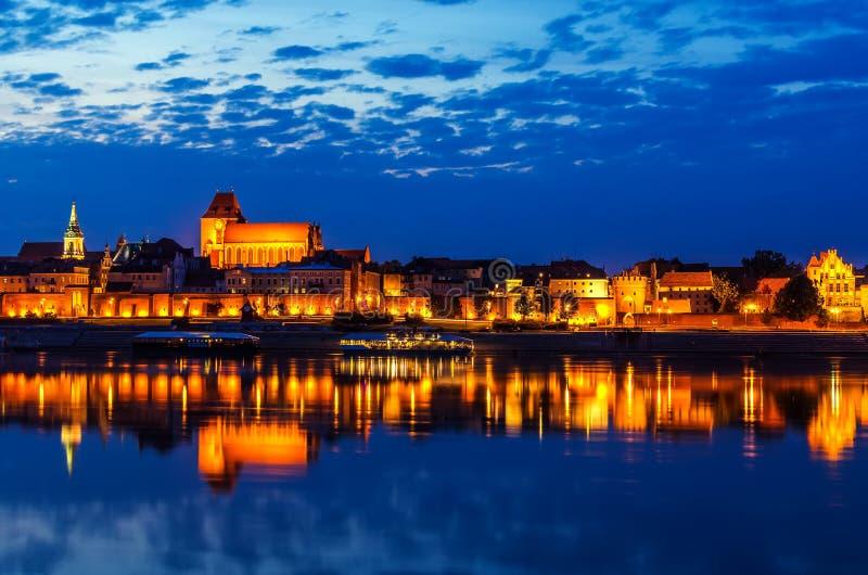 Toruński, Polska: stary miasteczko, katedra, defensywy ściana, Vistula rzeka zdjęcie royalty free