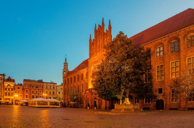 Toruński, Polska: stary miasteczko, urząd miasta obrazy stock