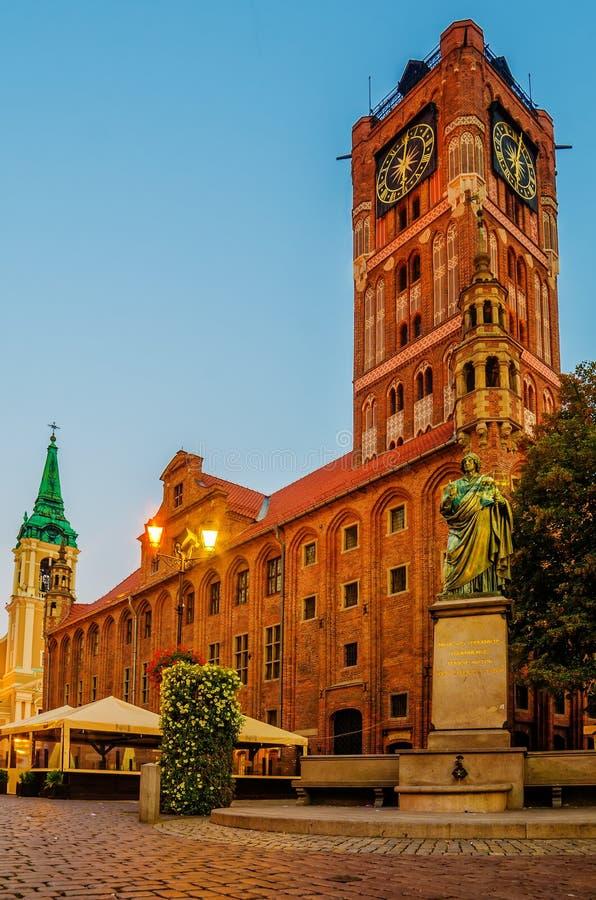 Toruński, Polska: stary miasteczko, urząd miasta, Nicolaus Copernicus zabytek zdjęcia royalty free